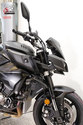 YAMAHA MT-10 Tech Black