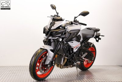 YAMAHA MT-10 Ice Fluo