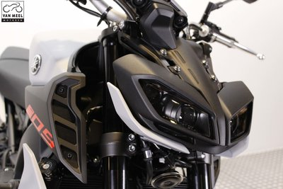 YAMAHA MT-09 Ice Fluo