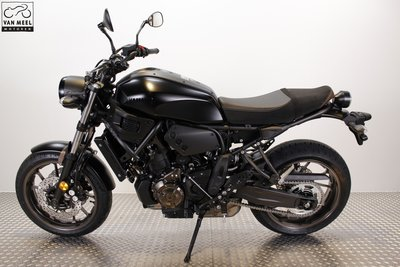 YAMAHA XSR700 Tech Black