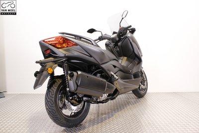 YAMAHA XMAX 300 Sonic Grey