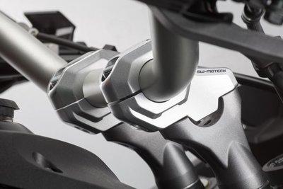 SW Motech Stuurverplaatser voor 28mm stuur 30mm hoog 22 mm achter